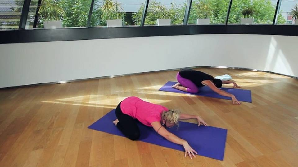 Terapeutická jóga na protažení zad